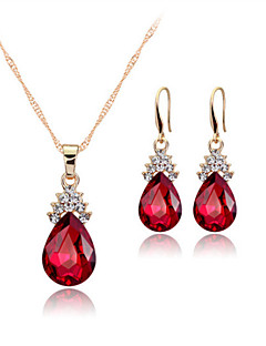 Pentru femei Seturi de bijuterii Cercei Picătură Coliere cu Pandativ Cristal Elegant de Mireasă costum de bijuterii Cristal Picătură