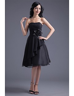 Cocktail Party Dress A-line Strapless Knee-length Chiffon with Flower(s) / Side Draping