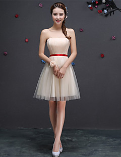 Curto / Mini Tule Vestido de Madrinha Linha A Coração com Faixa / Fita