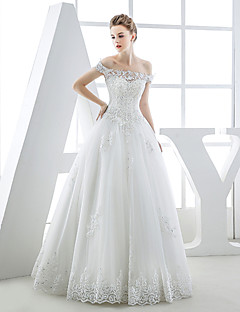 Ball Gown Wedding Dress Floor-length Bateau Tulle with Appliques / Beading