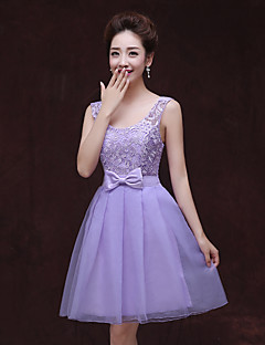 Knee-length Lace / Tulle Bridesmaid Dress A-line Straps with Bow(s) / Lace