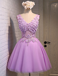 A-Line V-neck Knee Length Lace Tulle Prom Dress with Beading