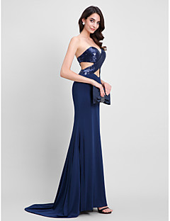 2017 TS Couture® Formal Evening Dress Trumpet / Mermaid Sweetheart Sweep / Brush Train Sequined / Jersey with Sequins