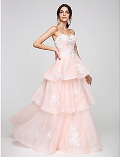 2017 TS Couture® Prom Formal Evening Dress A-line Sweetheart Floor-length Organza with Appliques / Beading / Tiers