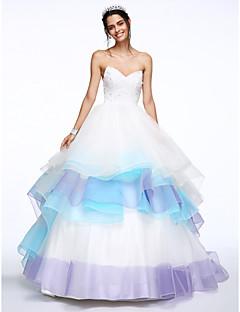 Lanting Bride® גזרת A שמלת כלה  שובל כנסייה (צ'אפל) מחשוף לב תחרה / אורגנזה עם חרוזים / שכבות