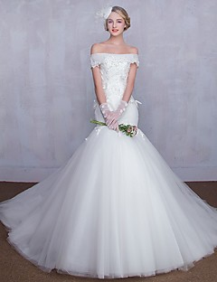 Trumpet / Mermaid Wedding Dress Vintage Inspired Court Train Off-the-shoulder Tulle with Appliques Lace
