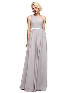 Lanting Bride® Földig érő Sifon / Charmeuse Koszorúslány ruha A-vonalú Félvállas val vel Gyöngydíszítés / Pántlika / szalag / Átkötős