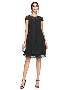 2017 Lanting Bride® A-line Plus Size Mother of the Bride Dress - Little Black Dress Knee-length Short Sleeve Chiffon / Lace