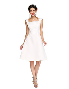 LAN TING BRIDE באורך  הברך מרובע שמלה לשושבינה - גב פתוח ללא שרוולים סאטן