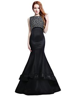Serata formale Vestito A sirena Con decorazione gioiello Strascico di corte Raso Tulle con Perline
