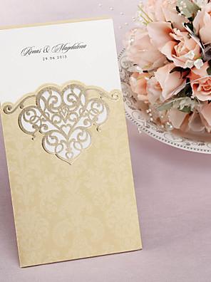 Felöltő & Zseb Esküvői Meghívók Meghívók Klasszikus stílus Művészpapír 21,5*11,5 cm