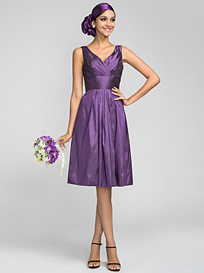 Lanting Bride® Ke kolenům Taft Šaty pro družičky A-Linie Do V Větší velikosti / Malé s Nabírání / Křížení / Boční řasení