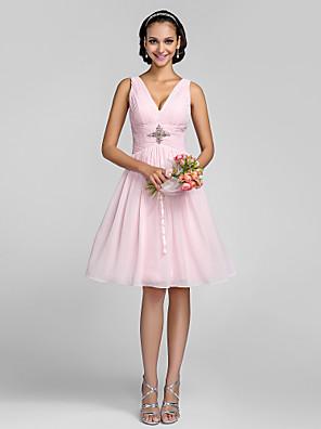 Lanting Bride® Até os Joelhos Chiffon De Amarrar / Mini Eu Vestido de Madrinha - Linha A / Princesa Decote V Tamanhos Grandes / Mignon com