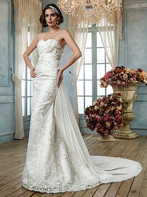 Lanting Bride Trumpet/Mermaid Petite / Plus Sizes Wedding Dress-Sweep/Brush Train Sweetheart Lace / Sequined
