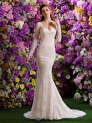 Lanting Bride® Sereia Pequeno / Tamanhos Grandes Vestido de Noiva Cauda Corte Decote V Renda com