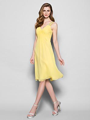 Lanting Bride® גזרת A פלאס סייז (מידה גדולה) / פטיט שמלה לאם הכלה  באורך  הברך ללא שרוולים ג'ורג'ט - חרוזים / פרטים מקריסטל / בד בהצלבה