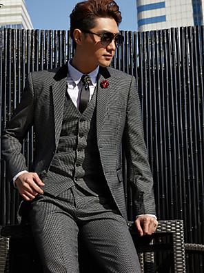 smoking sob medida slim fit entalhe de dois botões de xadrez de algodão / poliéster 3 peças cinza