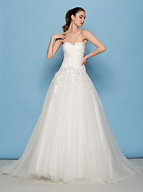 Lanting Bride® A-vonalú / Hercegnő Alacsony Menyasszonyi ruha Seprő uszály Szív alakú Tüll val vel