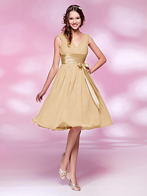 Knee-length Chiffon Bridesmaid Dress - Mini Me A-line / Princess V-neck Plus Size / Petite withBow(s) / Draping / Sash / Ribbon / Side