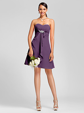 Knee-length Chiffon Bridesmaid Dress A-line / Princess Strapless / Sweetheart Plus Size / Petite withDraping / Crystal Brooch / Side