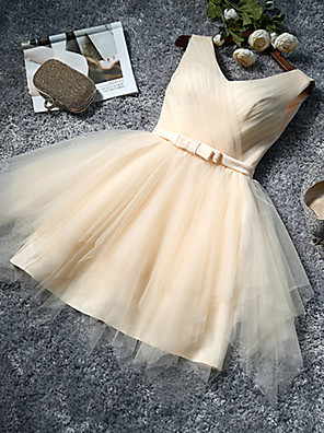 Knee-length Tulle Bridesmaid Dress A-line V-neck with Bow(s)