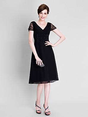 Lanting Bride® A-lijn Grote maten / Petite Bruidsmoederjurken - Zwart jurkje Over de knie Korte mouw Chiffon / Tule - Kralen / Ruches