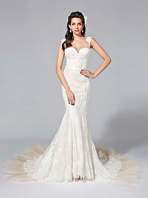 2017 Lanting Bride® Trumpet / Mermaid Wedding Dress - Glamorous & Dramatic See-Through Wedding Dresses Court Train Sweetheart Lace / Tulle with