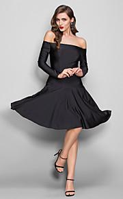 Homecoming Dress - Black Plus Sizes Sheath/Column Off-the-shoulder Knee-length Jersey