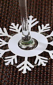 placer les cartes et les détenteurs des cartes de place flocon de neige en forme de verre de vin - ensemble de 12