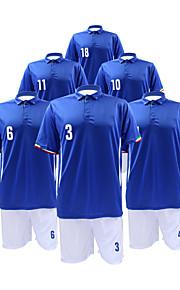 bleu et blanc costume manches courtes de soccer masculin