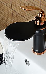 gepersonaliseerde badkamer wastafel kraan olie-gewreven brons afwerking enkele handgreep