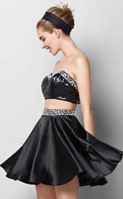 Коктейль-приём Платье - Черный А-силуэт Сердцевидный вырез Короткое/мини Шармез / С блестками