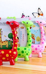 5 -6 inch Creative Giraffe Photo Table Frame Baby Gifts Kindergarten Children Lovely Desktop Presents(Random Color)