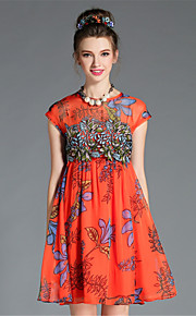 Women's Plus Size Vintage Fashion Elegant Embroidered Print Pleat Short Sleeve Dress