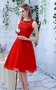 Knee-length Lace / Tulle Bridesmaid Dress A-line Jewel with Beading / Lace