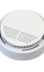 détecteur de fumée avec pile 9v et la fréquence 433mhz d'émission et 360 degrés d'angle de détection