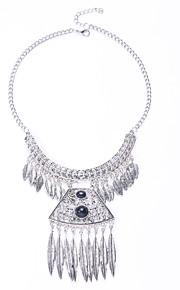 Modische Halsketten Obsidian Schmuck Halloween / Party / Alltag / Normal Modisch / Euramerican Aleación Silber 1 Stück Geschenk