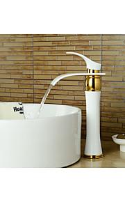 Moderni Integroitu Vesiputous with  Keraaminen venttiili Yksi kahva yksi reikä for  Maalaus , Kylpyhuone Sink hana