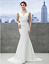 Lanting Bride® Trumpet / Mermaid Wedding Dress Sweep / Brush Train V-neck Satin with Appliques