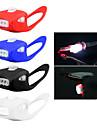 Eclairage de Velo / bicyclette / Lampe Avant de Velo LED - Cyclisme Resistant aux impacts / Transport Facile / Avertissement AAA 800