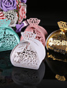 2017 New 50pcs Flower Wedding Box Diamonds Candy Box Gift Paper Chocolates Box Wedding Decoration Party Supplies