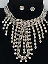 Bijuterii 1 Colier 1 Pereche de Cercei Seturi de bijuterii de mireasă Franjuri Nuntă Petrecere Ocazie specială Aliaj Ștras 1setAuriu