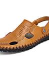 Bărbați Papuci & Flip-flops Vară Confortabili PU Outdoor Toc Plat Cataramă Negru Galben Bleumarin