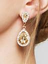 Pentru femei Cercei Picătură Cercei La modă Elegant de Mireasă Adorabil costum de bijuterii Zirconiu Diamante Artificiale Aliaj Picătură