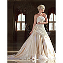 Lanting Bride® A-Linie Drobná Nadměrné velikosti Svatební šaty Retro Super extra dlouhá vlečka Bez ramínek Krajka Taft sAplikace Korálky